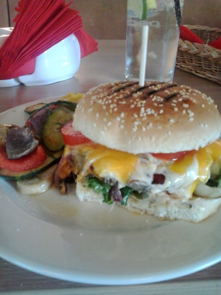 """Od bułki z kotletem do świetnego burgera, czyli metamorfoza """"Yummie"""""""