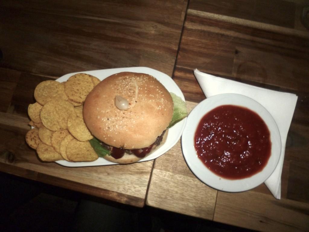 Od przybytku głowa nie boli, czyli nowe burgery w bohomass lab