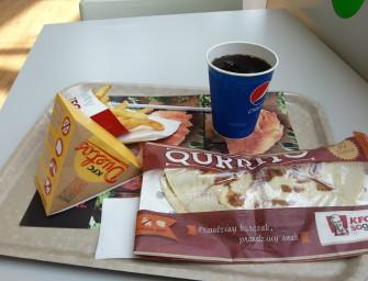 Bo zachciało mi się kurczaka. Duetos i Qurrito w KFC.