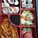 Lunch w Sushi Nigiri