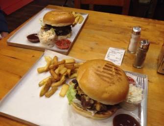 Evil Dead i Los Muertos, czyli edycje limitowane w Barn Burger