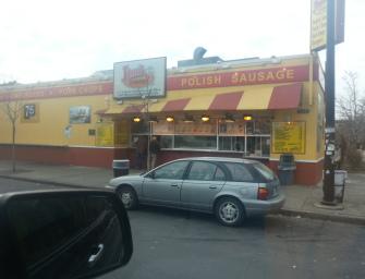 Polish sausage, Vienna Beef i Cozy Dogs, czyli hot dogi w Illinois