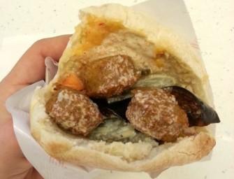 Szalom Falafel Take Away Israeli Style – jedzenie idealnie dopasowane do miejsca