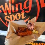 Przegląd oferty food truckowej – arabskie pity, skrzydełka, stripsy i kiełbaski