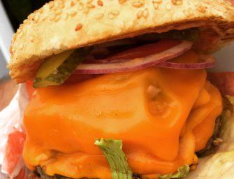 Naleśniki, frytki z serem i nowe burgery, czyli kolejny przegląd oferty food truckowej