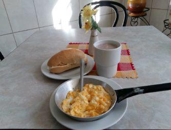 Śniadanie za grosze w Nowej Hucie