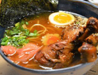To jest ramen! A jedliście japońskiego schabowego? AkitaRamen Bar już działa w Krakowie