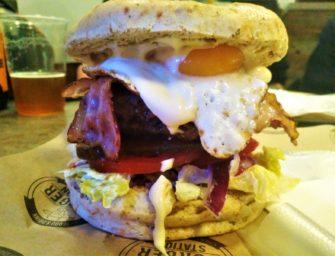 Burger Station Kraków – Koza w winie, Dragon Breath, Egg &Bacon i Boczniak